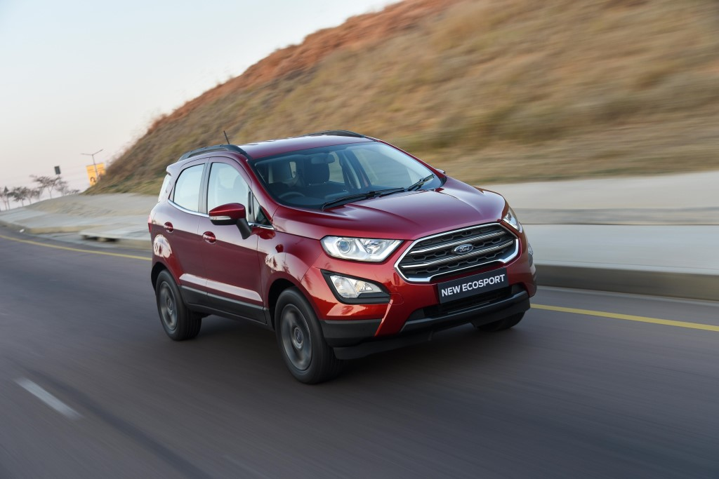 EcoSport-Ruby-Red-Trend-Exterior_083